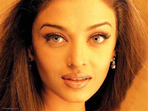 facebook aishwarya rai bachchan aishwarya rai bachchan aish face so beautiful
