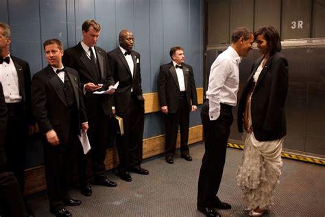 obama s barack and michelle obama love story marriage in photos