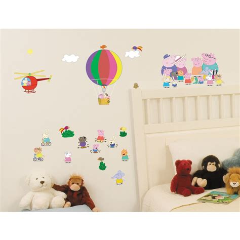 peppa pig bedroom decor peppa pig bedding bedroom decor duvets wall stickers lighting curtains ebay