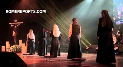 imagenes religiosas youtube siervas el supergrupo de religiosas que canta a dios y