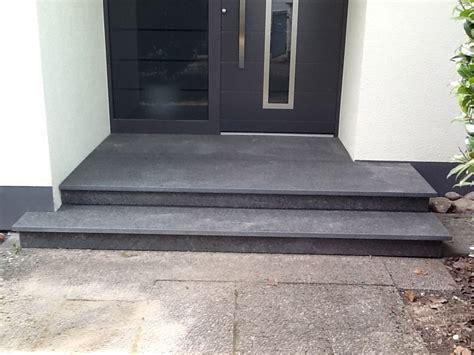 außenfliesen grau hauseingangspodest granit mischungsverh 228 ltnis zement