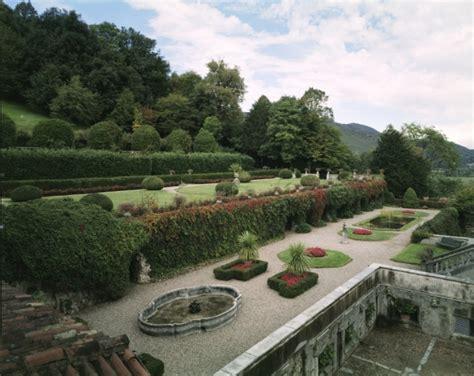 giardino terrazzato la villa villa cicogna mozzoni