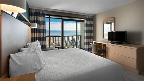 oceanfront  bedroom suite  hotel blue myrtle beach