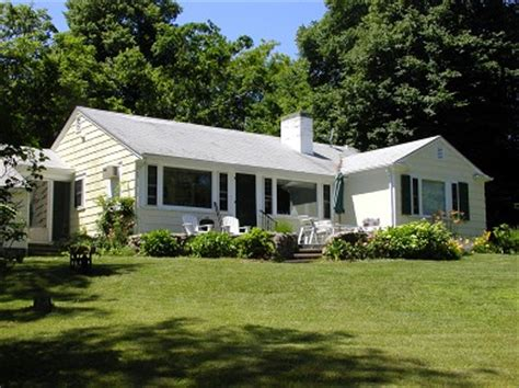 great house centerville a true cape cod experience centerville ma home for rent nytimes great homes