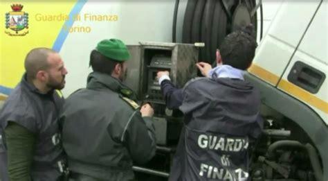 ufficio consumatori torino torino sequestrata autocisterna con dispositivi alterarti