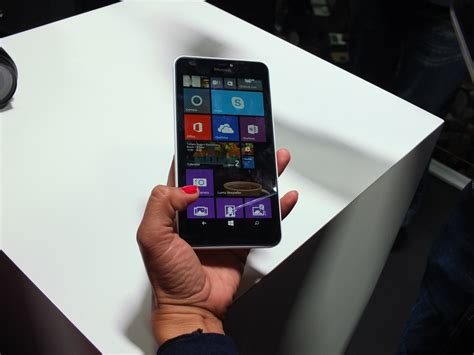 lumia 640 available now 640 xl arriving shortly microsoft lumia 640 xl pic6 coolsmartphone