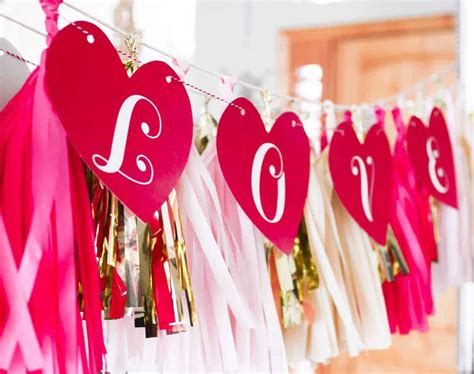 valentines day love banner skip   lou