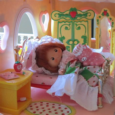 bed bedspread pillow for strawberry shortcake berry