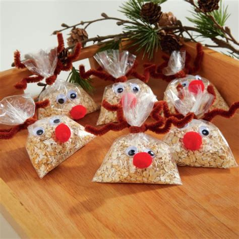 diy reindeer food for christimas eve christmas in the
