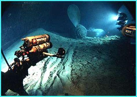 titanic real boat underwater original real titanic underwater photos real titanic