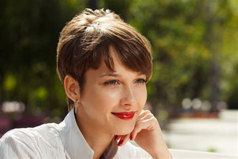 Short Hair Trends: Pixie Cuts