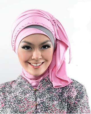 Jilbab Bergo Untuk Harian kreasi jilbab bergo untuk acara resmi tutorial
