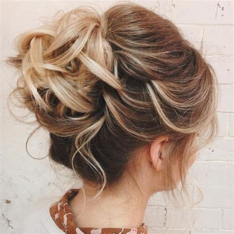 Hairstyles For Hair For Homecoming by 50 Dreamy Homecoming Hairstyles Hair Motive Hair Motive