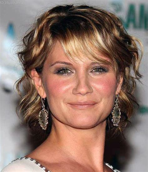 pictures of jennifer tilley with short curly hair 25 best ideas about jennifer nettles hair on pinterest