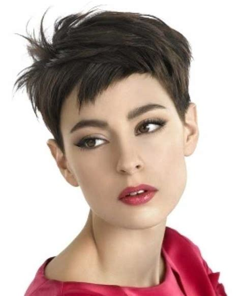 10 super pixie cuts for oval faces pixie cut 2015 15 pixie haircuts for oval faces pixie cut 2015