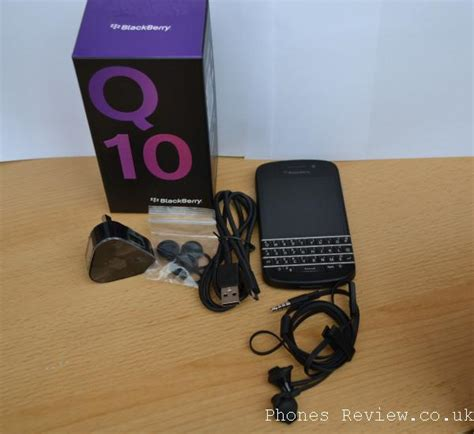 Headset Blackberry Q10 blackberry q10 on review premium quality that needs work phonesreviews uk mobiles