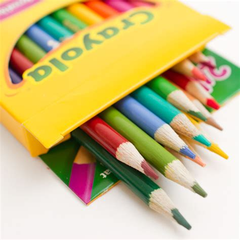 crayola color pencils crayola colored pencil 24 color set