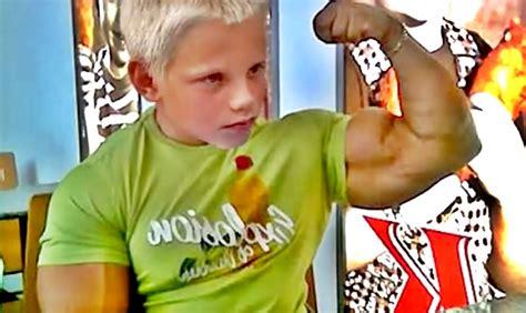 imagenes fuertes de niños atropellados los 6 ni 241 os m 225 s fuertes del mundo youtube