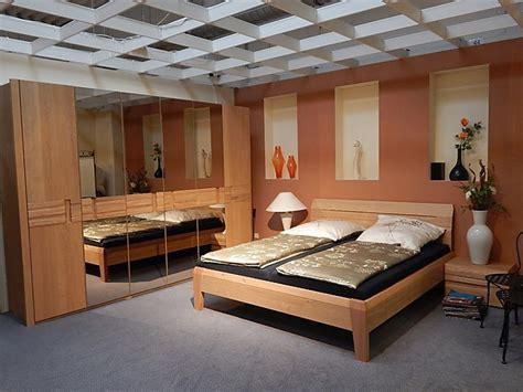 schlafzimmer kleiderschrank 566 betten schlafzimmer quot carmaque quot wildeiche massiv sonstige