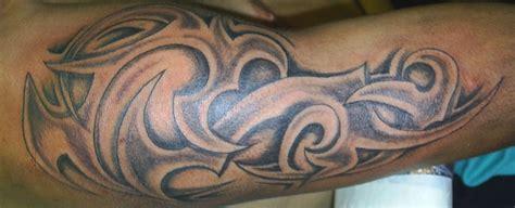 tribal stammes tattoos und die bedeutungen