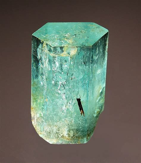 Aquamarine Beryl 2 fmf friends of minerals forum discussion and message board view topic collection of