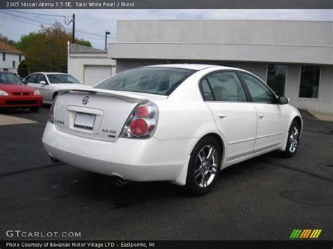 nissan altima white 2005 2005 nissan altima 3 5 se in satin white pearl photo no