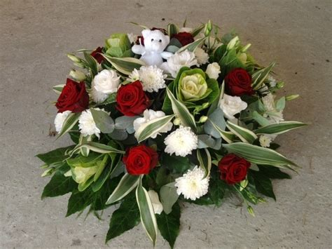 coussin de fleurs pour deuil coussin rond de deuil en fleurs artificielles pour enterrement sur commande seulement autres