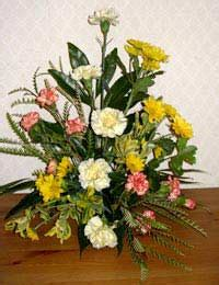 flower arranging basics basic flower arranging
