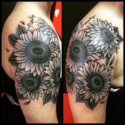 90 Black And White Sunflowers Tattoo Design Ideas Black And White Sunflower Shoulder