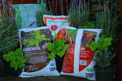 Best Fertilizer For Flower Garden Understanding Fertilizers With Starke Ayres Garden Centre Cape Town Nursery Starke Ayres