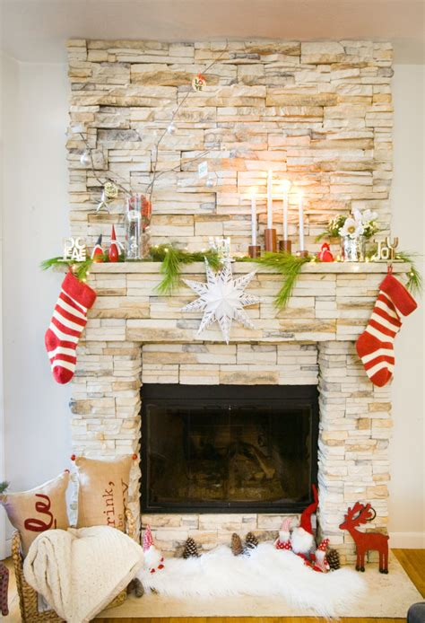 festive christmas mantel decorating idea in my own style festive christmas mantel decoration ideas