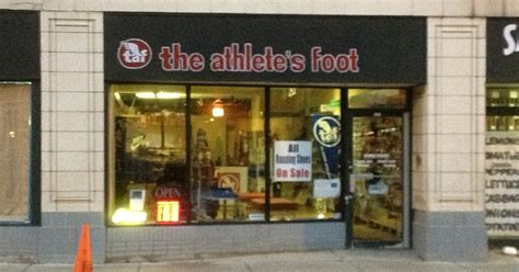 athlete foot shoe store chevanston rogers park athlete s foot the plethora of