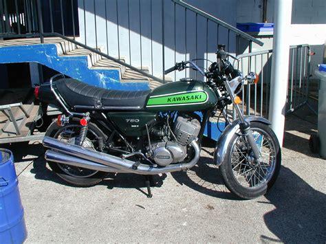 Motorrad Führerschein Größe by Kawasaki 750 Best Photos And Information Of Model