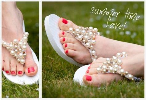 decorar zapatos con perlas decorar sandalias con perlas