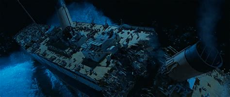 sinking ship vapors 15 titanic facts the movie got right