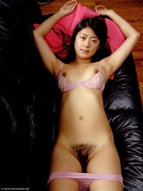 Very Cute Young Asian Girl Posing Naked Teen Porn