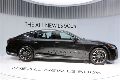 lexus new 2018 the all new 2018 lexus ls 500h gets revealed in geneva