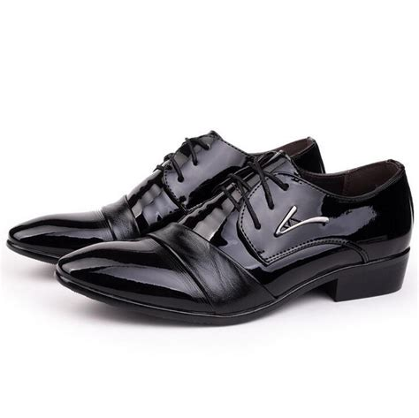2017 italian style formal mens dress shoes patent leather pointed toe lace up for office career