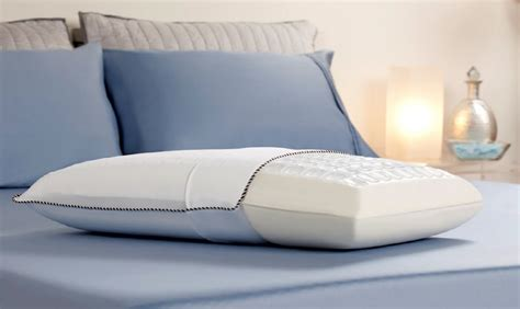 comfort revolution hydraluxe gel memory foam bed pillow new comfort revolution cooling cube 210 0a hydraluxe gel