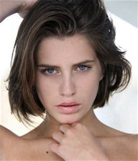 medium length easy wash and wear hairstyles short wash and wear haircuts rachael edwards