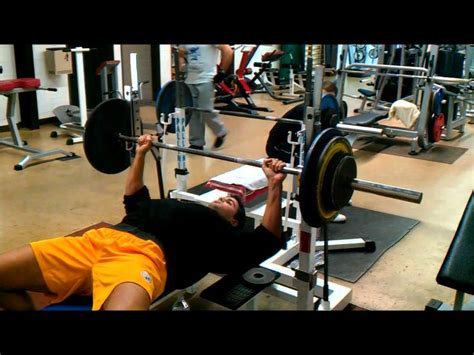 bench press 150 lbs 150 bench press 28 images is a 300 pound bench rare t