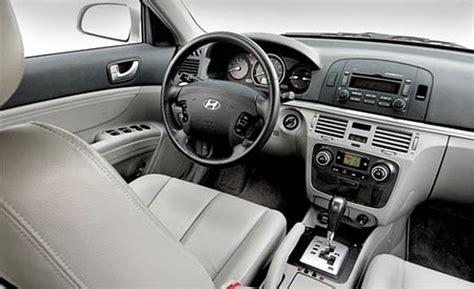 2006 Hyundai Sonata Interior car and driver