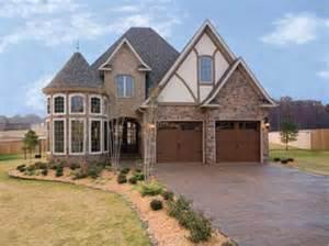 case stil tudor style house plans