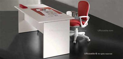 scrivania ufficio offerta mobili per ufficio scrivania gamba metallo a t cm 140