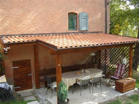costruzione tettoia in legno tende a pergola e tettoie quello occorre sapere per