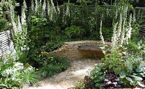 Small Walled Garden Design Ideas Small Garden Ideas Corner