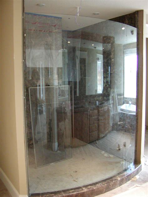 Curved Glass Shower Door Curved Shower Doors Pictures To Pin On Pinsdaddy
