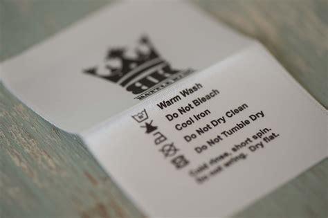folded satin laundry labels mm  mm set   quixstix