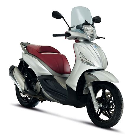 piaggio beverly 300 ie review motorcycle review and
