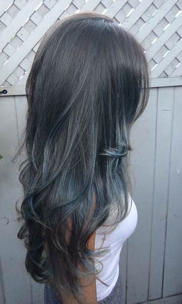 dark highlights grey hair 21 stunning grey hair color ideas and styles page 2 of 2